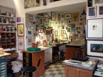 Nel laboratorio di Luciano Ragozzino. Edizioni Il ragazzo innocuo